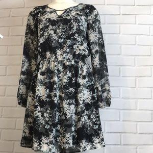 Xhileration Sz Medium Gray and black floral dress